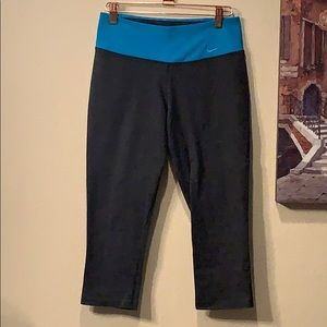 Nike Dri Fit cropped leggings.